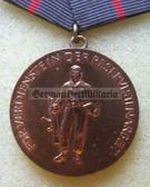om974 - FÜR VERDIENSTE IN DER RESERVISTENARBEIT in bronze - scarce and unusual NVA medal