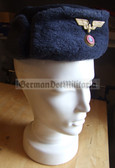 wo239 - c1950s or early c1960s female DR Deutsche Reichsbahn Railways Ushanka Winter hat
