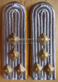 sblay024 - HAUPTMANN - Nachrichten - Signals - pair of shoulder boards