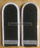 sblaw002a - GEFREITER - Wachregiment Berlin Gabardine - pair of shoulder boards