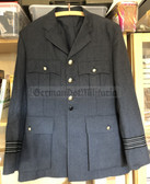 be010 - original British RAF officer uniform jacket - size 104R