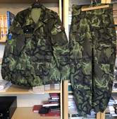 be098 - Czech Paratrooper camo uniform suit - jacket & trousers