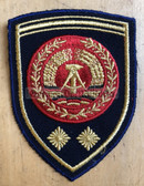 om166 - NVA Volksmarine VM Navy FAEHNRICH RANK SLEEVE PATCH - warrant officer - from 1974 to 1979 - 2 stars = more than 15 years service
