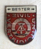 om290 - ZV Zivilverteidigung Civil Defence Bester Badge without repeat number in box - worn on uniforms