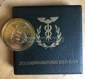 oo080 - DDR Customs Zollverwaltung presentation table medal