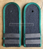 sbgt003 - STABSGEFREITER - Grenztruppen - Border Guards - pair of shoulder boards