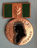 om055 - 9 - Herder Medal in green - for award to university students - with box