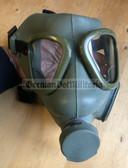 w0713 - Yugoslav army MC-1 gas mask - Yugoslavia