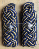 sbdr020 - RAT - Rolling Stock - grey piping - Deutsche Reichsbahn - Railways - pair of shoulder boards