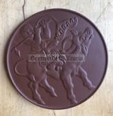om413 - East German Meissen Porcelain Solidarity with Vietnam table medal