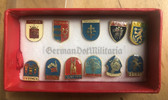 oo122 - presentation box with 11 Slovakian town & city crest pins - c1980s