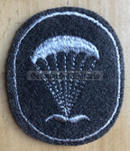 om109 - very scarce NVA Army Paratrooper Fallschirmjäger Officer qualification sleeve patch - only used from 1965 to 1969
