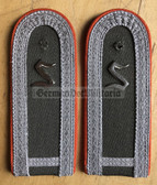 sblao015 - Offiziersschueler - Officer Student 1st Year - Fallschirmjager - Paratroopers - pair of shoulder boards