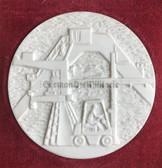 oo425 - 25 years anniversary TAKRAF Leipzig Meissen porcelain cased tabled medal
