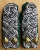 sbgt026 - OBERSTLEUTNANT DER GT - Grenztruppen - Border Guards - pair of shoulder boards