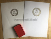 ag025 - Postal Service medal in silver with 2x award cert and folder