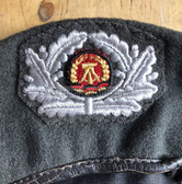 gw022 -  female Grenztruppen NVA Stasi beret with embroidered badge - size 55
