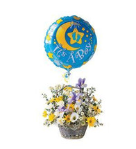 The It's A Boy Basket with Balloon