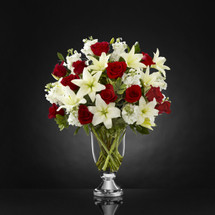 TheGrand Occasion Bouquet by Vera Wang