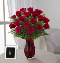 TheIn Love with Red Roses Bouquet with Heart Pendant