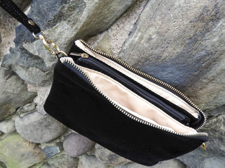 Liz Crossbody - Black  Velvet
