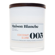 A tantalising tropical fusion of fresh coconut milk and freshly squeezed lime; a classic fragrance that can't be beaten. This invigorating blend boasts a massive scent throw.