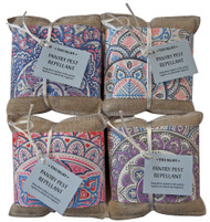 Set of 3 sachets of traditional anti-insect herbs, each with a loop for easy hanging in your pantry and cupboards. Contains cloves, wormwood, lavender, rosemary and essential oils.