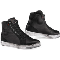 TCX Street Ace WP Shoes  1