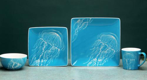 Jellyfish 4 Piece - Single Place setting Dinnerware