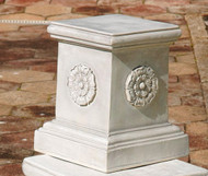 "English Rosette Garden Sculptural Plinth (13""H)"