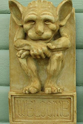 "Irving Gargoyle Welcome Plaque 17""H"