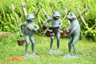 Garden Frog Sculptures in Set of 3