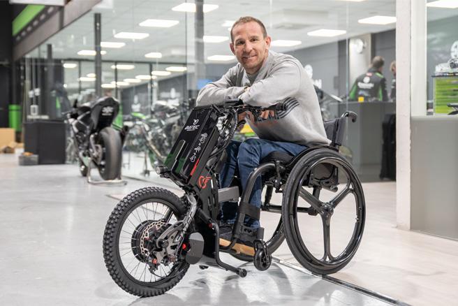 batec-handcycle-power-assist-attachment-wheelchair.jpg