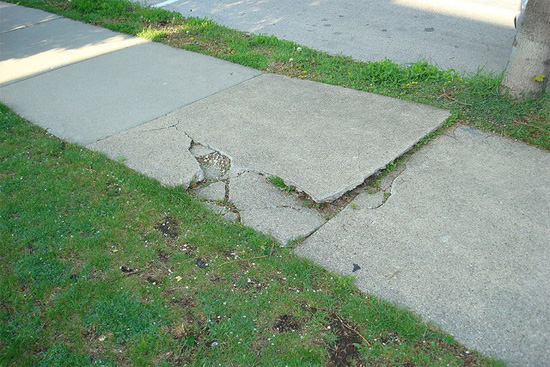 wheelchair-path-crack.jpg