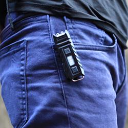 thumb-pants-clip.jpg