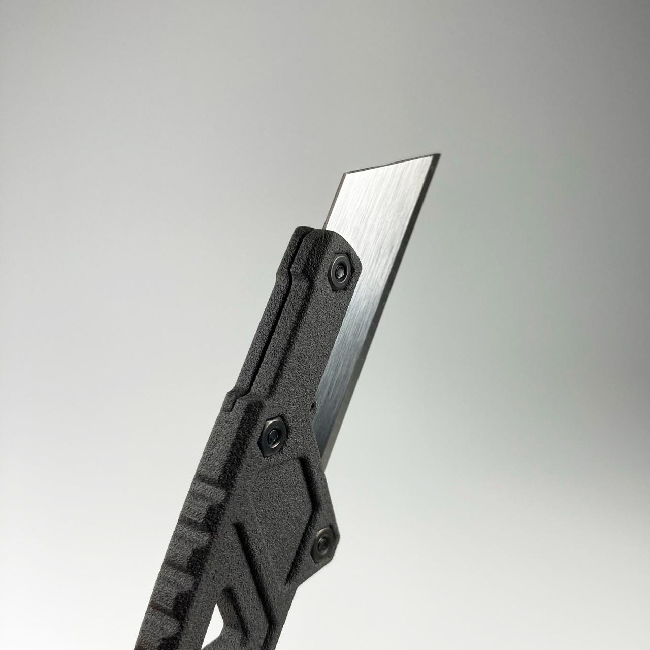 ultrafire-knife-blade-back.jpg