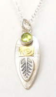 PROTECT SPEAR NECKLACE, PERIDOT