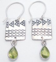 Earring Pattern with Peridot