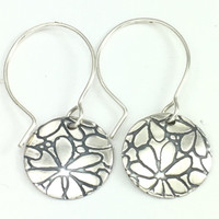 A FLOWER GARDEN EARRING WITH PROTECT THIS WOMAN NEW!