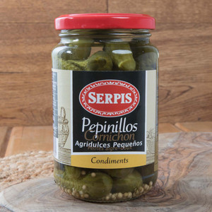 Pepinillos - pickled Gherkins by Serpis