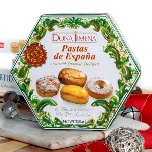 Assorted Spanish Delights Gift presentation by Doña Jimena