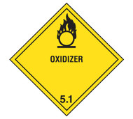A photograph of a 03040 class 5 oxidizer dot shipping labels, with 500 per roll.