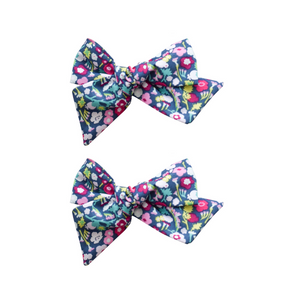 Small Pinwheel Piggies - dark fuchsia floral