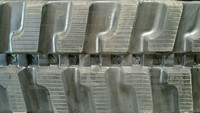Komatsu PC50MR Rubber Track Assembly - Pair 400 X 72.5 X 74