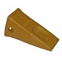 1U3301 Bucket Tooth, Tip Short Caterpillar Style
