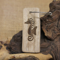 Engraved Driftwood Keyring - Sea Horse