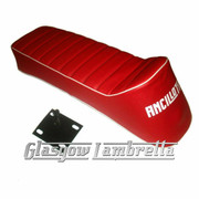Lambretta Repro/Copy ANCILLOTTI SLOPE BACK / RACING SEAT in RED & WHITE + CATCH  for all S2 & S3 Scooters
