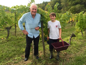 Rick with Tom in the vines at Bauduc