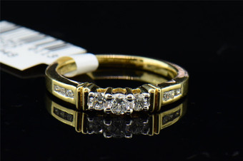 Diamond Three Stone Engagement Ring 14K Yellow Gold Round Cut Band 0.48 Tcw.