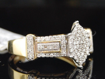 LADIES .925 STERLING SILVER PAVE DIAMOND CLUSTER RING 0.33 CT.
